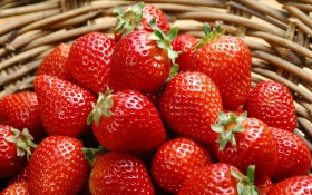 strawberries, strawberry texture, download photo, texture, background for website